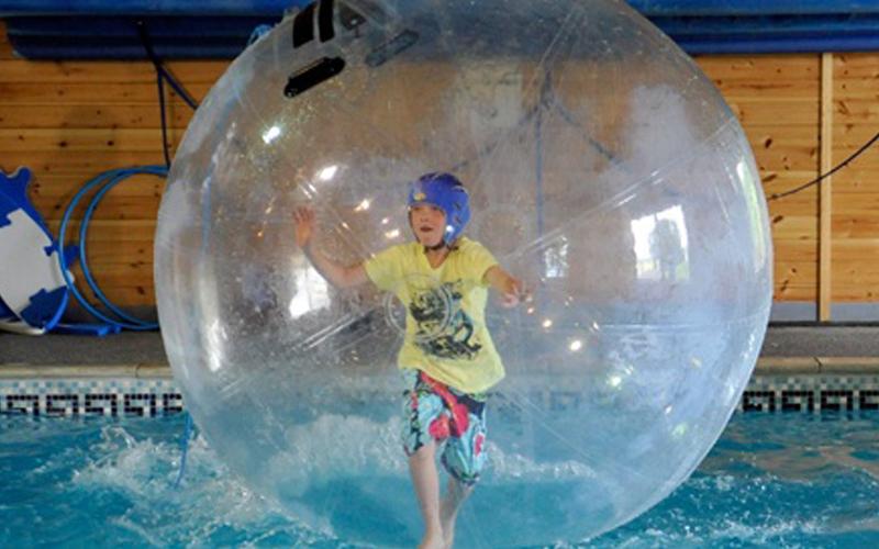 WaterWalkerz hot tub holidays | Bainland Lodge Park
