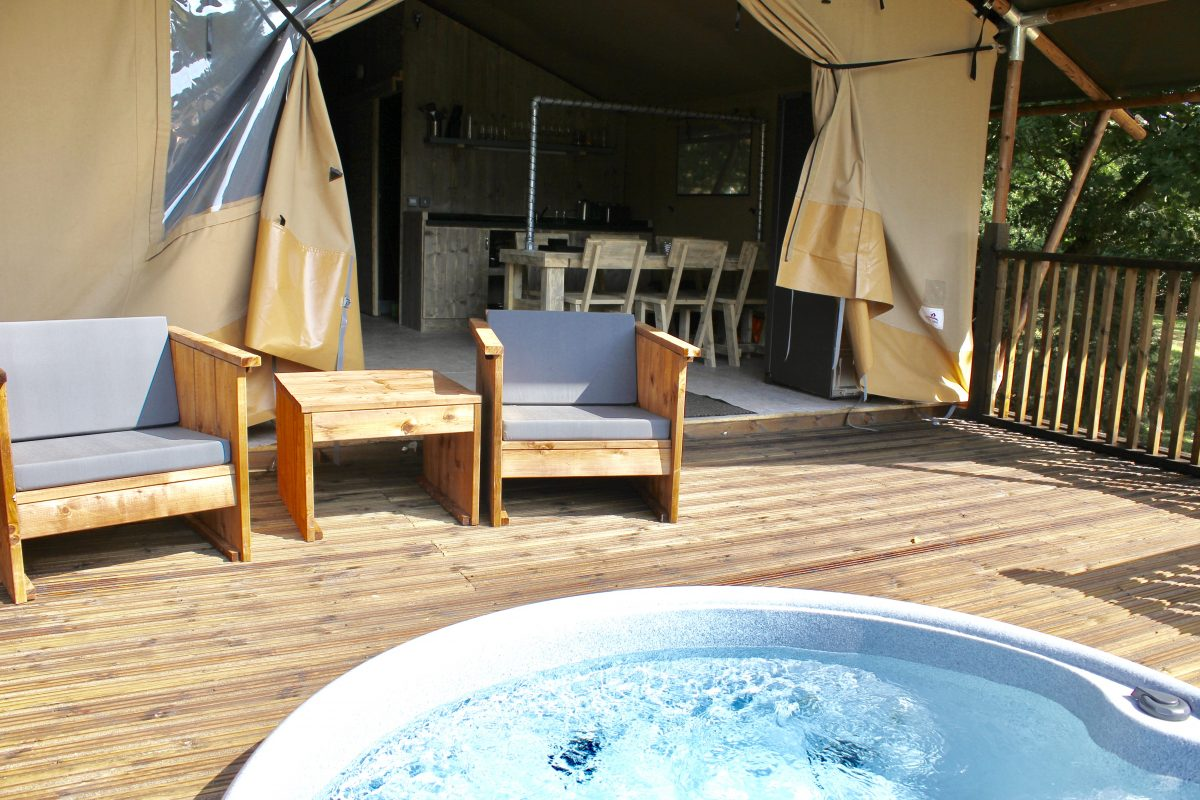 Glamping Safari Tents Bainland Lodge Park