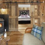 Bobcat - Lounge to Bedroom